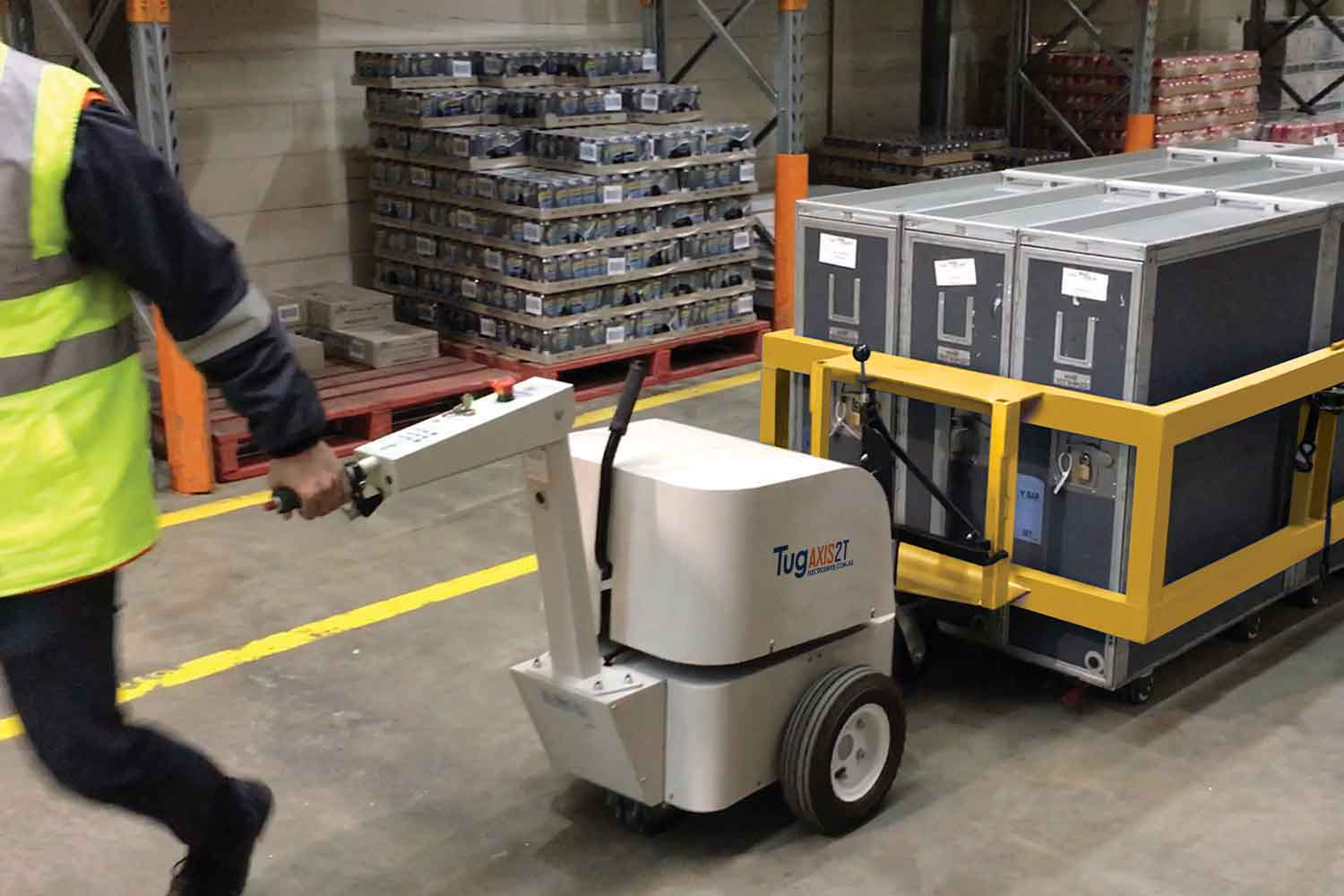 Electrodrive's Tug Axis moving an airline cart